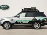 2015 Land Rover Range Rover Hybrid (European spec)