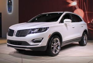 2015 Lincoln MKC Compact Crossover Pioneers New EcoBoost Engine: Live Photos