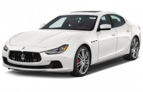 2015 Maserati Ghibli 4-door Sedan Angular Front Exterior View