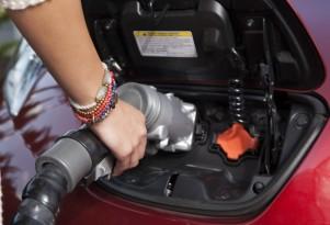 Public Electric-Car Charging: Business Models, Profits Still In Debate