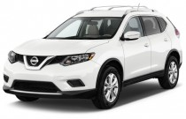2015 Nissan Rogue FWD 4-door SV Angular Front Exterior View