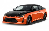 2015 Scion tC 2-door HB Man Release Series (Natl) Angular Front Exterior View