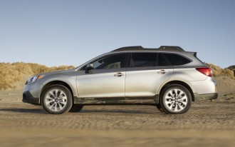 2015 Subaru Legacy, Outback Earn Best Possible IIHS Safety Rating
