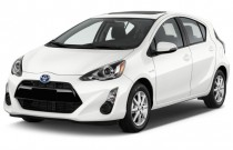 2015 Toyota Prius C 5dr HB Three (Natl) Angular Front Exterior View
