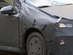 2016 Toyota Prius spy shots - Image: Motor Authority