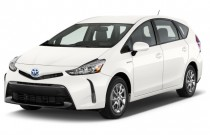 2015 Toyota Prius V 5dr Wagon Four (Natl) Angular Front Exterior View