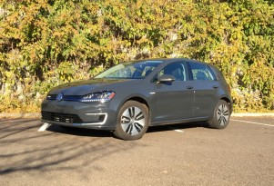 VW e-Golf: Staying Connected With Car-Net Services, Smartphone App
