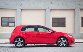 Volkswagen Suspends Sales Of 2015 Golf, GTI Due To Steering Problem