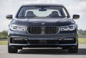 Need A Lift? Today Only, Uber Offers Free Rides In The 2016 BMW 7-Series