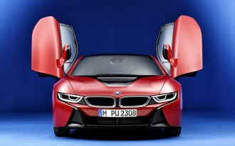 BMW i8 Vs. Tesla Model S: Compare Cars