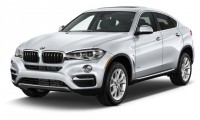 2016 BMW X6 RWD 4-door sDrive35i Angular Front Exterior View