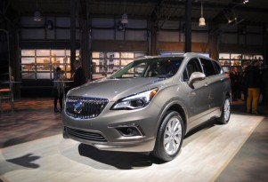 2016 Buick Envision Preview Video