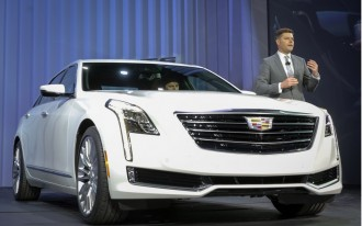Distracted Driving, 2016 Chevy Malibu, 2016 Cadillac CT6: What's New @ The Car Connection