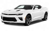 2016 Chevrolet Camaro 2-door Coupe SS w/2SS Angular Front Exterior View