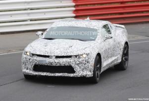 2016 Chevrolet Camaro spy shots