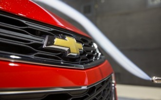 Chevy bets on diesel, Ford Focus RS driven, Electric Mini confirmed: What's New @ The Car Connection