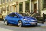 2016 Chevy Volt EPA Ratings: 53-Mile Electric Range, 42 MPG On Gas