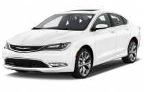 2016 Chrysler 200 4-door Sedan C FWD Angular Front Exterior View