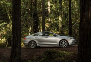 Chrysler 200 Vs. Chevrolet Malibu: Compare Cars