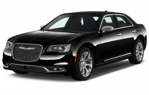 2016 Chrysler 300 4-door Sedan 300C Platinum RWD Angular Front Exterior View