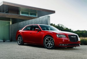 Fiat Chrysler is last Detroit maker to convert cars to use E15