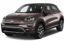 2016 FIAT 500X AWD 4-door Trekking Plus Angular Front Exterior View