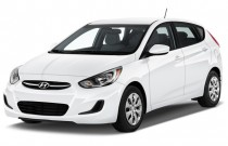 2016 Hyundai Accent 5dr HB Auto SE Angular Front Exterior View