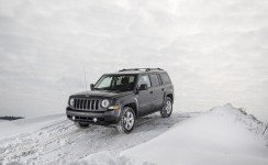 2016 Jeep Patriot Photos