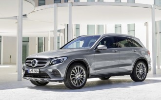 2016 Mercedes GLC, Acadia Vs. Explorer, The New Fisker: What's New @ The Car Connection
