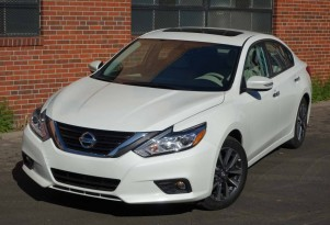 2016 Nissan Altima 2.5 SL gas mileage review