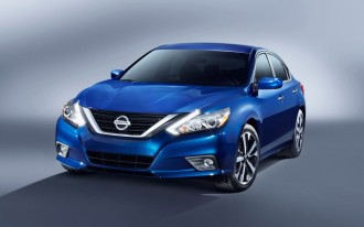 Nissan Altima vs. Volkswagen Passat: Compare Cars