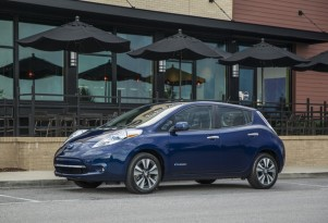 Plug-In Electric-Car Sales Will Bounce Back After 2015 Decline: Report