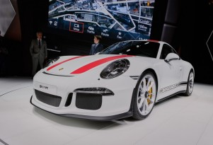 2016 Porsche 911 R, 2016 Geneva Motor Show