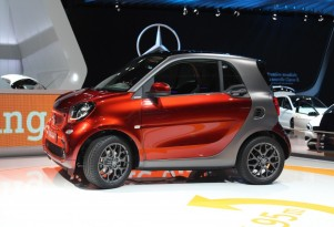 Smart Kowtows To PETA & Offers A Leather-Free 2016 Fortwo: Can It Save The Brand?