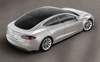 Tesla Model S, Alfa Romeo's first SUV, Chrylser Pacifica Hybrid driven: What's New @ The Car Connection