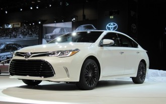2016 Toyota Avalon Video
