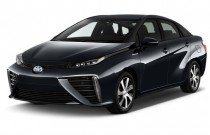 2016 Toyota Mirai 4-door Sedan Angular Front Exterior View