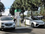 Full-Retail Hydrogen Stations Now Coming Online In California