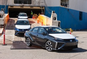 Signup For 2016 Toyota Mirai Fuel-Cell Sedan Starts July 20 (Californians Only)