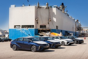 Toyota Asks Some Of CA's 8 Mirai Dealers To Hold Off Deliveries