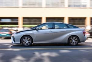2016 Toyota Mirai Hydrogen Fuel-Cell Car: Quick Drive