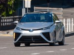 2016 Toyota Mirai  -  Quick Drive  -  Portland, July 2015  [photo: Doug Berger]