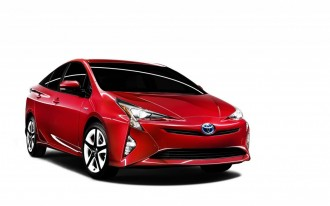 2016 Toyota Prius recalled for airbag problem