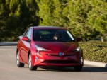 2016 Toyota Prius hybrid gets good IIHS, NHTSA crash safety scores