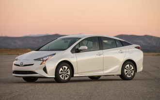 2016 Toyota Prius First Drive: Video