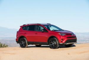 Average new-car fuel economy keeps falling as SUVs surge