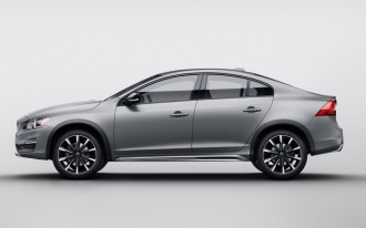 2016 Volvo S60 Cross Country Sedan Stands Taller, Takes On Snow Drifts