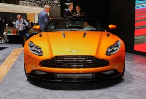 2017 Aston Martin DB11, 2016 Geneva Motor Show