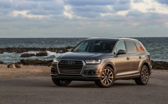 2017 Audi Q7 recalled for airbag problem caused by software glitch