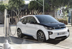 U.S. to offer $4.5 billion for electric-car charging stations via DoE loan guarantees